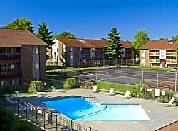 Briarwood Village Apartments