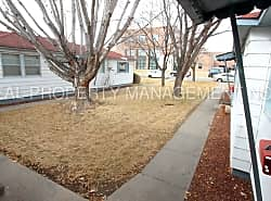 ***RARELY AVAILABLE 1 BED, 1 BATH CAMPUS APARTMENT