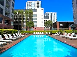 South Beach Marina Apartments