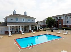 Polo Club Apartments