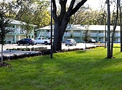 Grand Oaks Apartments of NSB