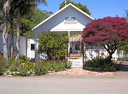 Furnished 2-Bedroom Cottage at El Salto Dr & Oakland Ave Capitola