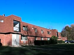 Hollow Run Apartments