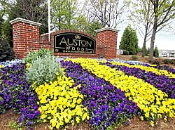 Auston Woods Apartment Homes