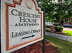 Crescent House Apartments