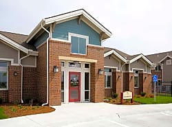 SunSTONE Apartment Homes at Fox Ridge