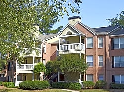 The Crest at Berkeley Lake Apartment Homes