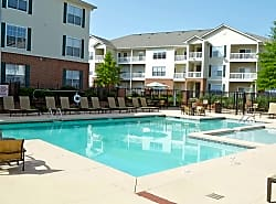Shallowford Trace Apartments