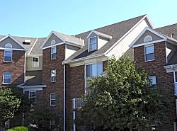 The Colony Apartments at Williamsburg Village