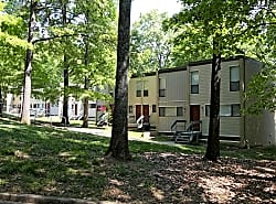 Cross Creek Apartments