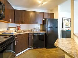 Meridian Pointe Apartment Homes