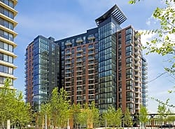 Aurora Apartments At North Bethesda Center