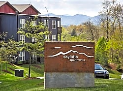Skylofts Apartments