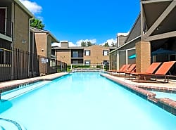 Deerwood Apartments