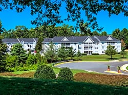 Arbor Grove Apartments & Townhomes