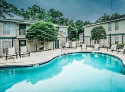 Robinwood Apartments