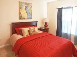 Steeple Crest Luxury Apartments