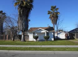 330 W. Beechwood Ave, Pinedale 93650