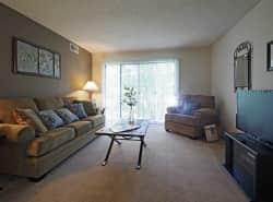 Beacon Hill Apartments
