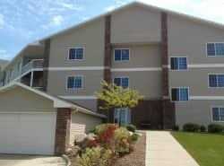 Lakewood Crossing Apartments