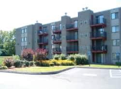 Elms Common Apartments
