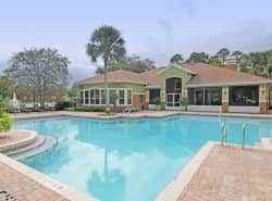 Country Club Lakes