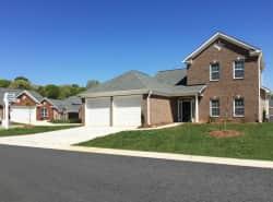 Lafayette Landing Apartments and Villas