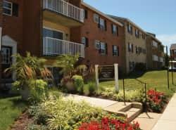 Middlebrooke Apartments