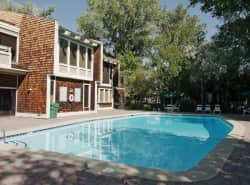 Lakeridge West Apartments