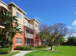 Vista Lago Apartments