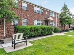 Wedgewood Hills Apartments