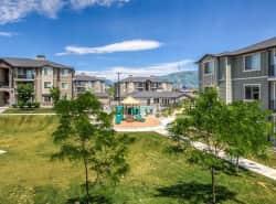 Villas On Main