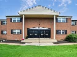Longview Apartment Homes