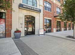 Metro at Brady Arts District/Tribune Lofts