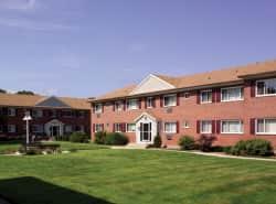 Mid-Island Apartments