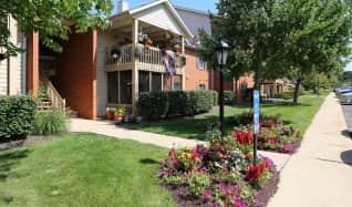 https://image.apartmentguide.com/imgr/c648b0b51902a514dbef771bae1f3446/318-187