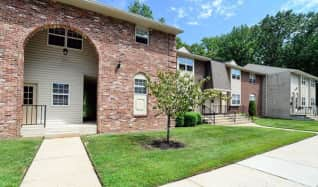 Pet Friendly Apartments for Rent in Moorestown, NJ