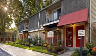 Pet Friendly Apartments for Rent in Marlton, NJ