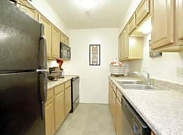 Clobertin Ct Apartments - Bloomington