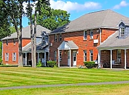 Southpoint Apartments - Amherst