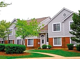 Savannah Trace Apartments - Schaumburg