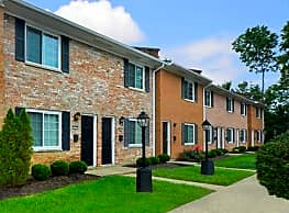 Symmes Townhouses & Apartments - Hamilton