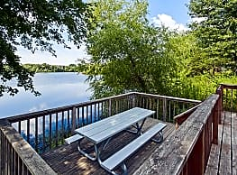 Lake Cove Village Apartments - Inver Grove Heights