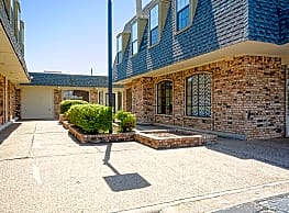 University Village & Lofts - Wichita Falls