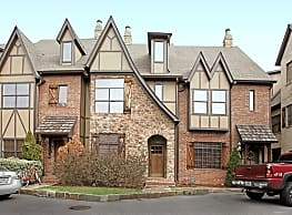 Essex Manor Townhomes - Homewood