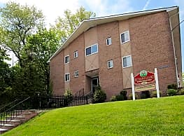 Rutgers Court Apartments - Belleville