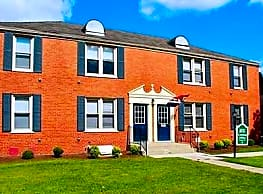 Kensington Village Apartments - Cheektowaga