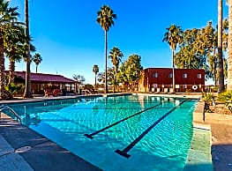 Courtyard Apartments - Casa Grande
