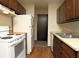 North Shore Apartments - Forest Lake