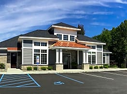 Northern Pass Luxury Apartments - Cohoes